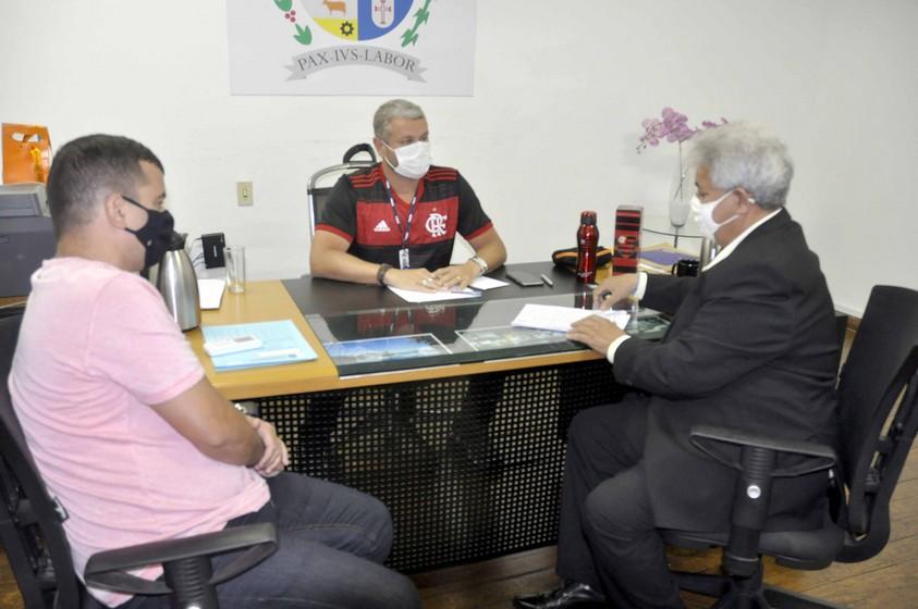 Rodrigo Drable recebe deputado estadual Marcelo Cabeleireiro