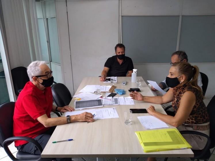 Secretaria de Desenvolvimento Econômico discute melhorias na estrada Roma-Getulândia através de emenda parlamentar