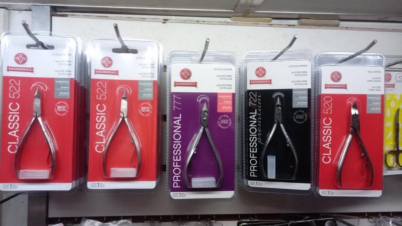 Linha de produtos para Esmaltarias em Manicures